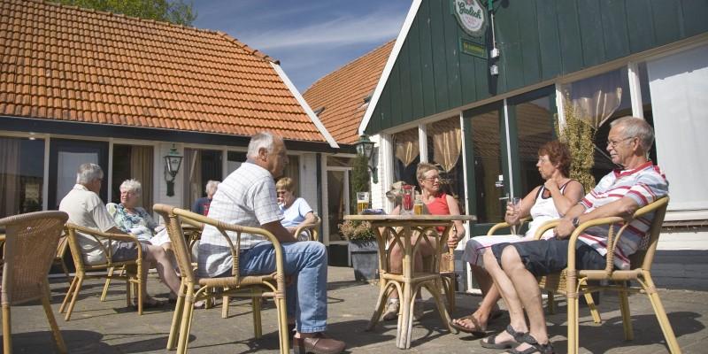 Vakantiepark de Luttenberg horeca2.jpg